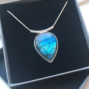 SeaSurfRocks jewellery Cornwall Labradorite necklace. Blue flash. Sterling silver. Pendant. Focal gemstone necklace.
