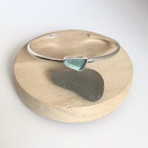 SeaSurfRocks jewellery Cornwall Seaglass cuff bracelet. Sterling silver. beach jewellery. mermaid. Aqua blue seaglass jewelry